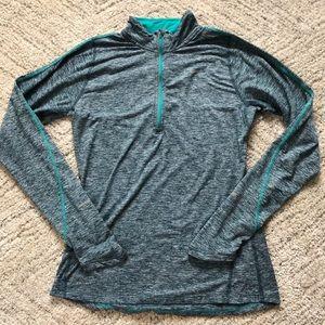 NIKE Running // Dry Fit 1/4 Zip Tech Shirt